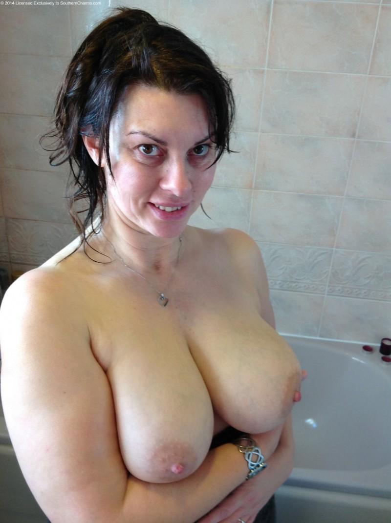 Смотреть душ онлайн