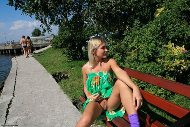 Смотреть Блондинистая Лера онлайн