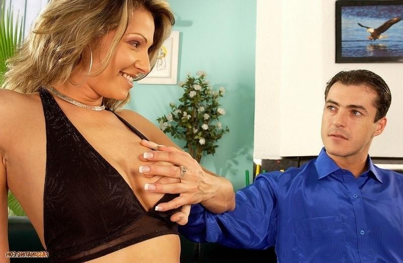 Смотреть Страстная супруга онлайн